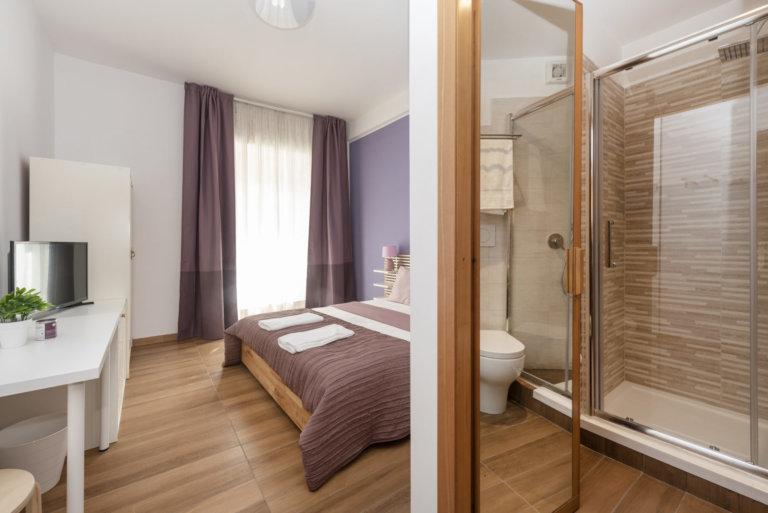 purple room 1